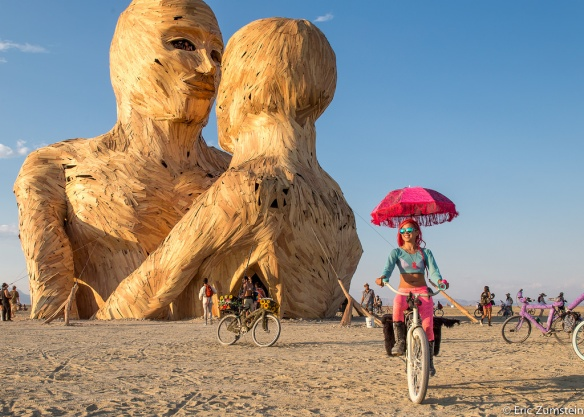 "The BURNing MAN event of 2015 takes place on/during the last MO[O]Nday in August until the first MO[O]Sday in SeptEMBER. This year it started under a ""SuperMOON."""
