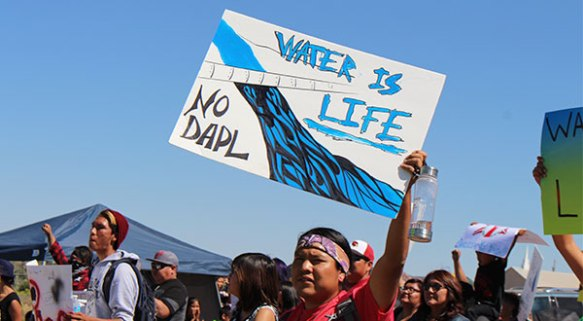 water-is-life-no-dapl